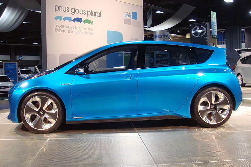 Toyota Prius to Get a New Look and All-Wheel Drive by 2015 - The ...