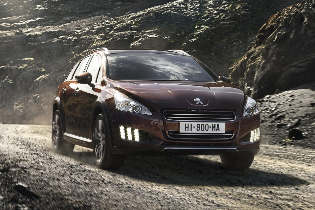 81 MPG Compressed Air Hybrid Unveiled by PeugeotCitron  The