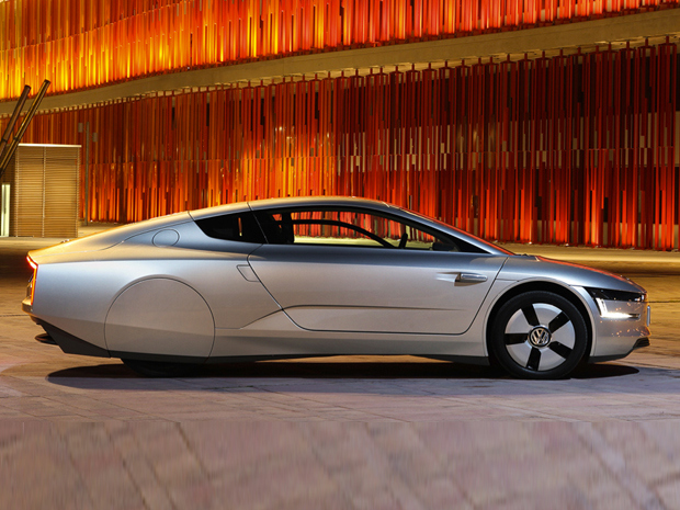 Volkswagen XL1 Hybrid, The 270 MPG Car to be Exhibited in Geneva