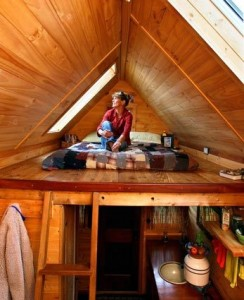 Eco Friendly Tiny House Designed by Ambitious 12 Year Old The