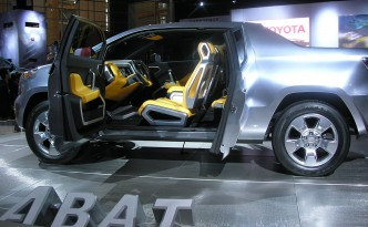 Toyota A-BAT Concept [Hybrid Vehicle Technology in a Truck!]