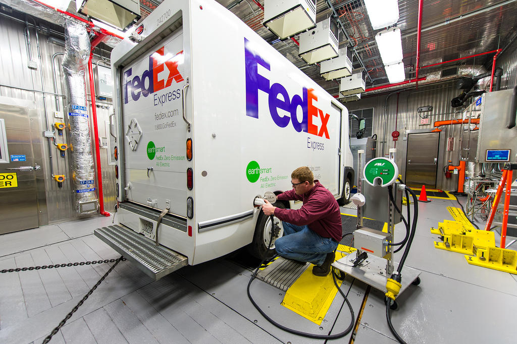 FedEx To Double EV Range with Hydrogen Fuel Cell Range Extender