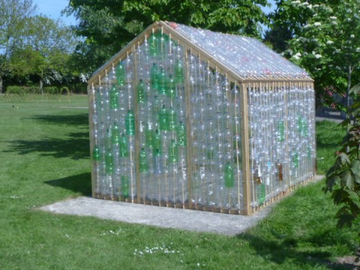 Plastic Bottles Greenhouse - How to Build It With Recycled ... on bottle house plans, bottle bird feeder plans, straw bale dog house plans, plastic bottle boat building plans, bottle gardening, bottle flower plans, bottle hydroponics,