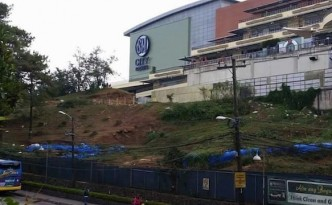 Facade of SM Baguio mall amid tree stumps (c) Von Eric Domingo/Facebook