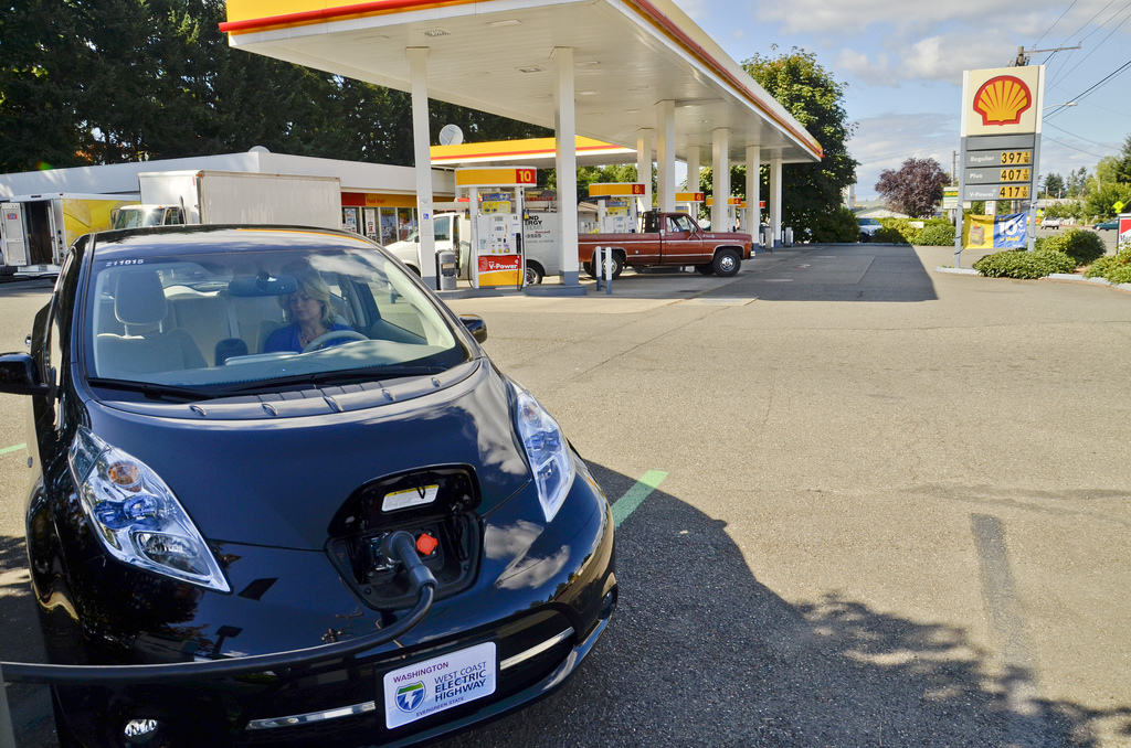 25,000 Electric Vehicle Charging Stations Planned for California ...