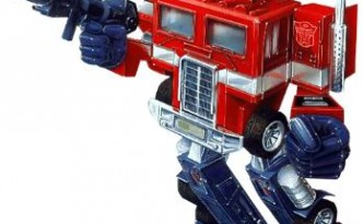 Optimus Prime by Hasbro Transformers series.