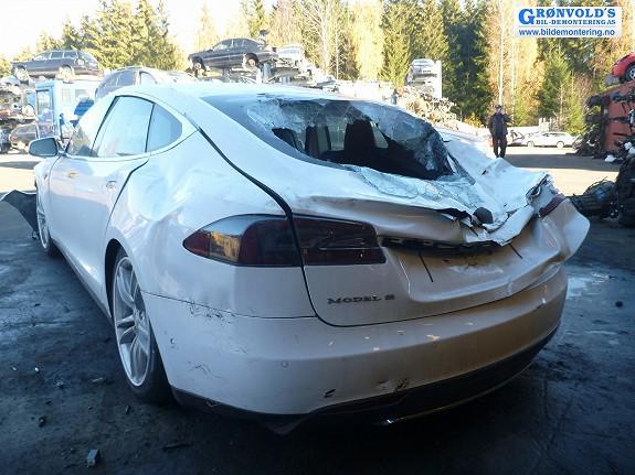 Tesla Crash Landslide Model S