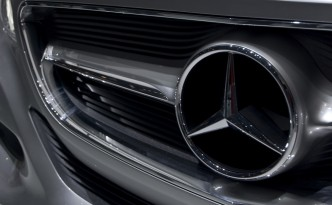 Mercedes-Benz Liquid Carbon Dioxide Won't Blow Up In Your Face