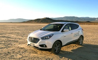 The hydrogen powered Hyundai Tucson set a new land speed record.