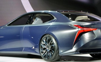 Lexus hydrogen fueled vehicle concept, LF-LC, showed at the 2016 Detroit Auto Show.