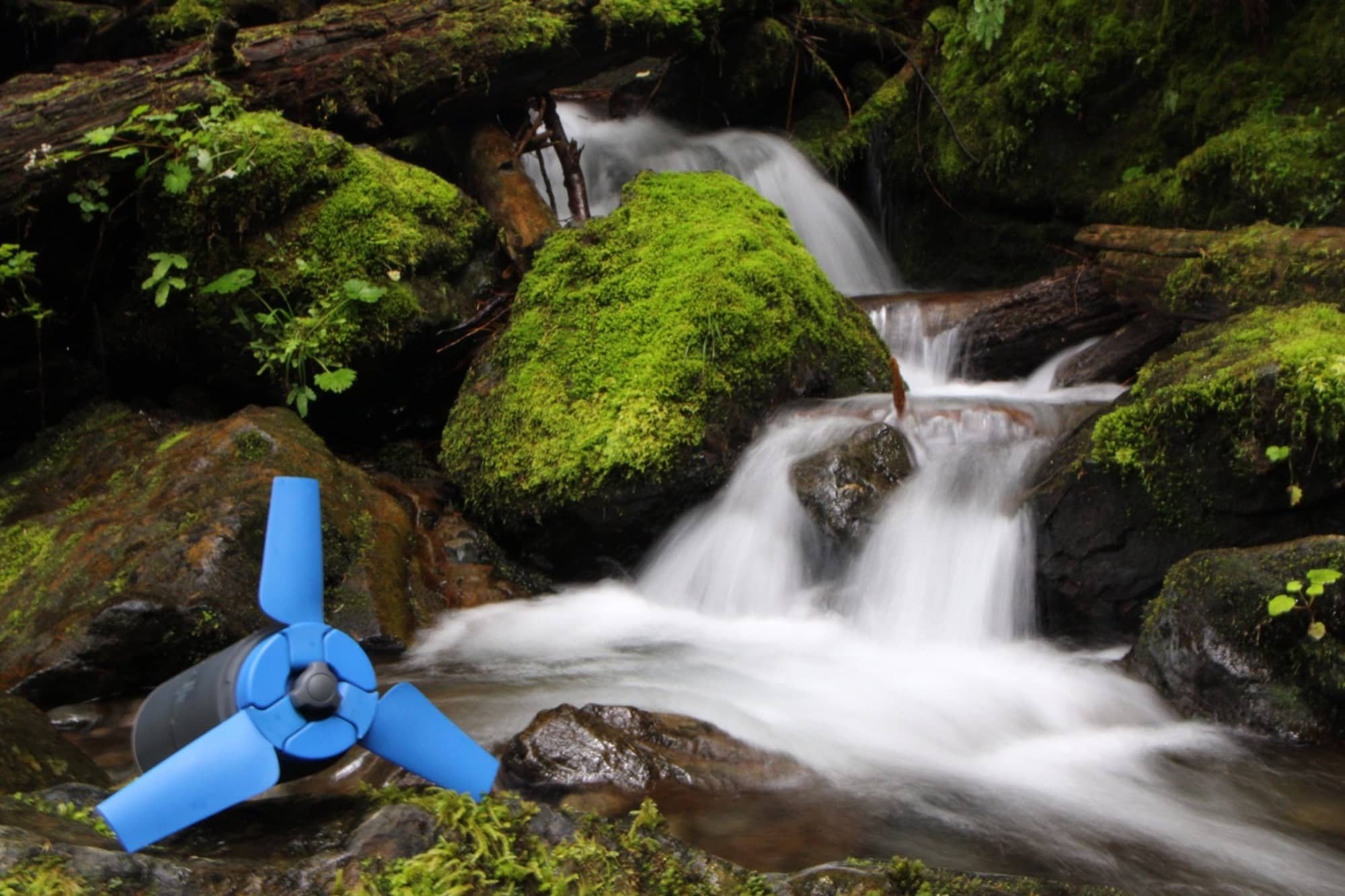 Estream a portable water turbine to power electronic devices