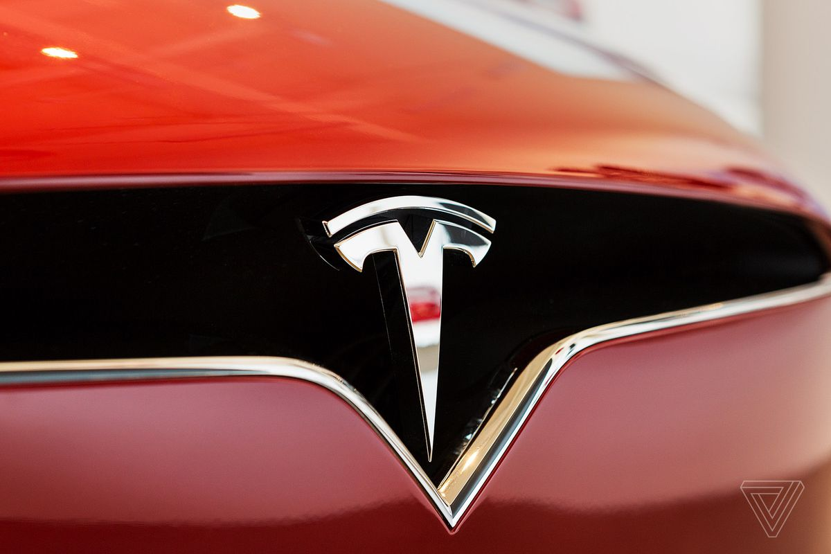 Tesla extends Florida cars range with OTA update