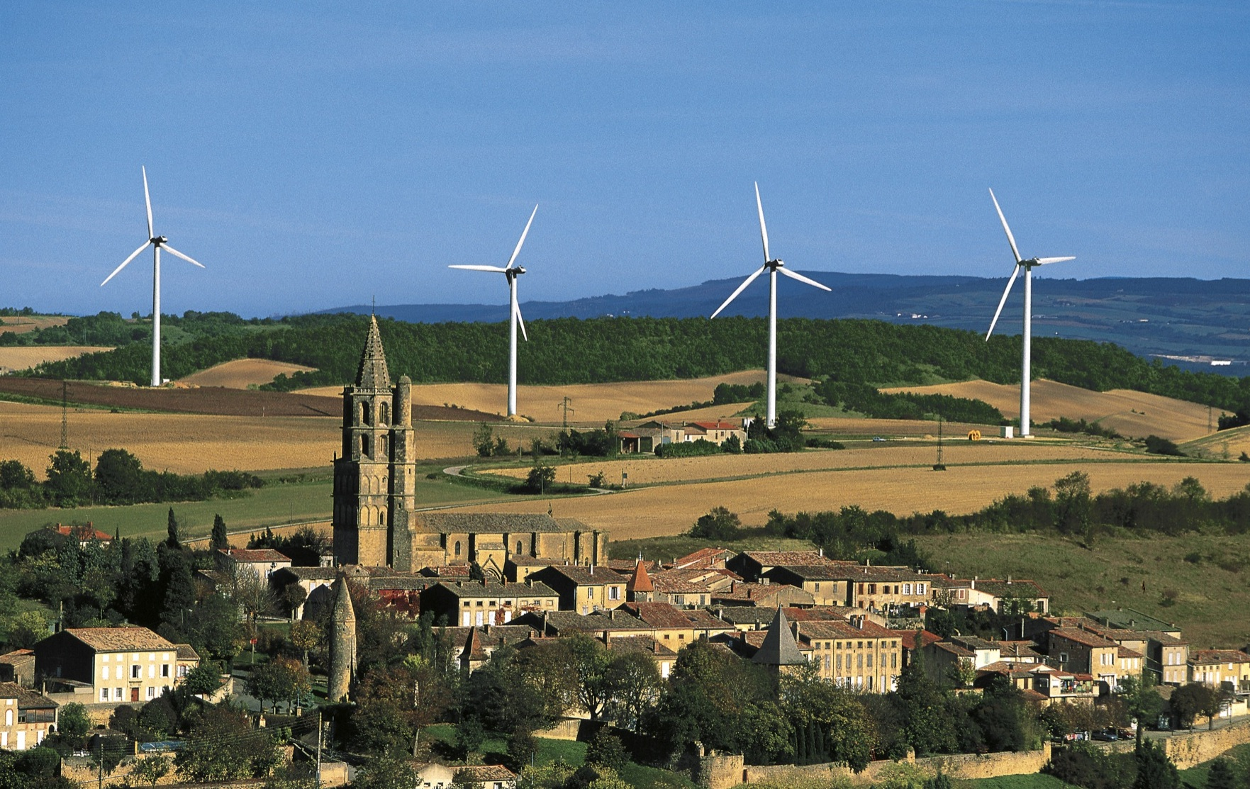 Wind expected to surpass hydro as largest renewable energy source